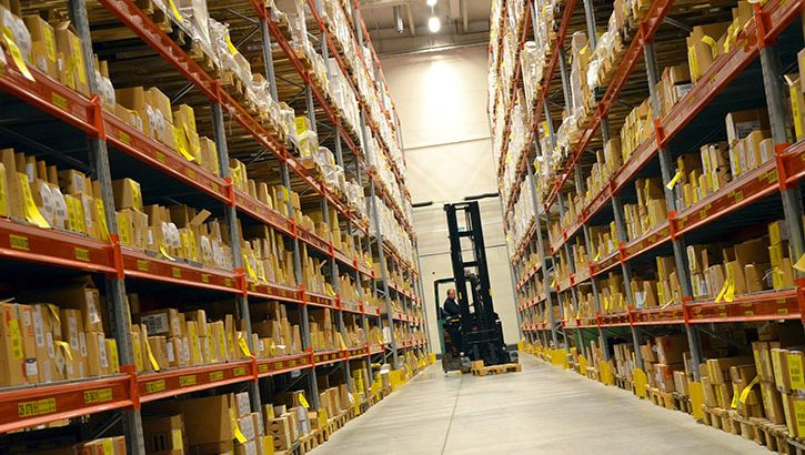 how to become a forklift driver